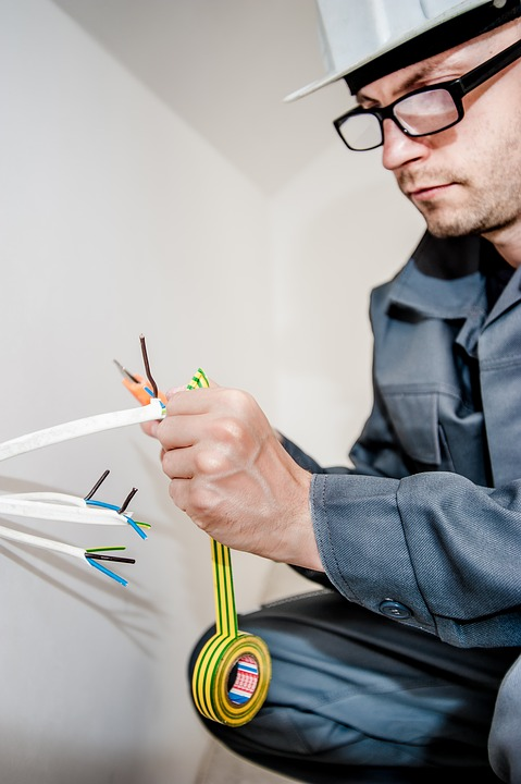 Things To Consider Before Hiring Emergency Electrician In Parramatta