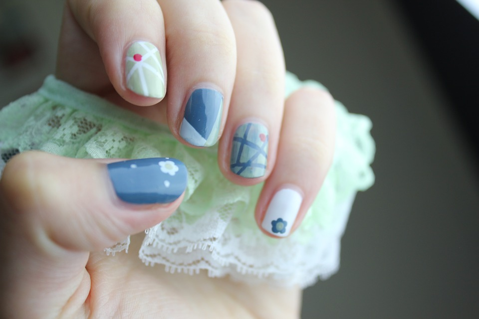 How To Take Care Of Your Nails At Home Using DIY Acrylic Supplies