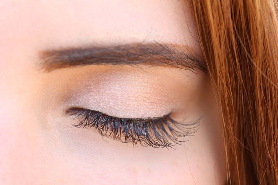 Making Your Eye Lash Extensions Last Longer