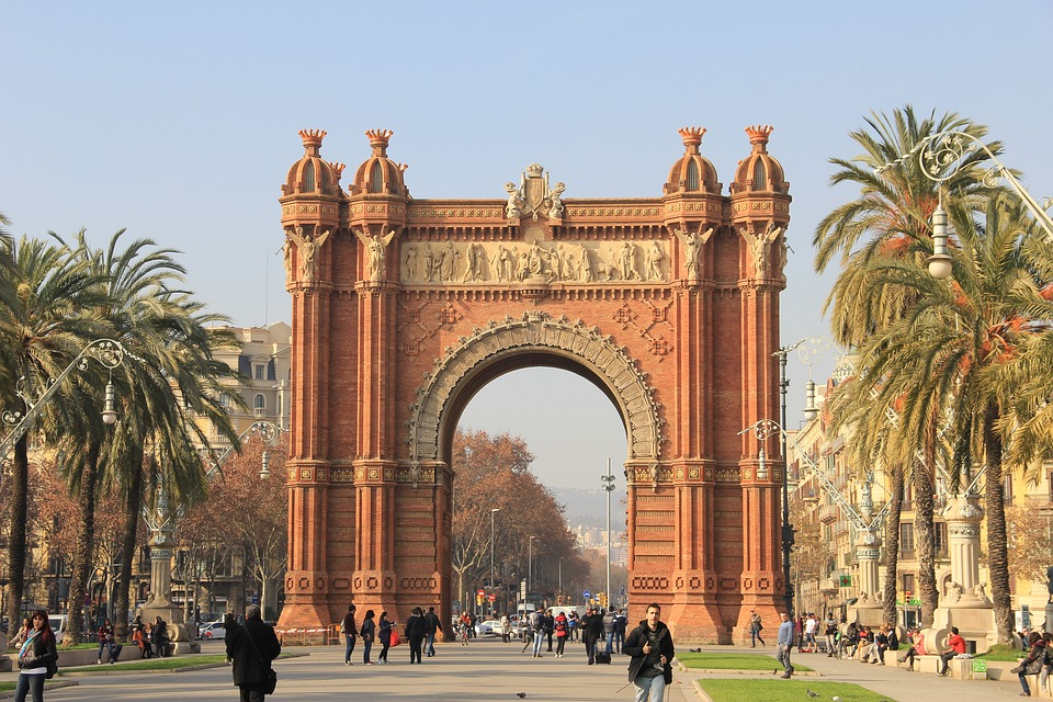 Barcelona Travel Tours: Things You Need To Sort Out Before Embarking On Your Trip