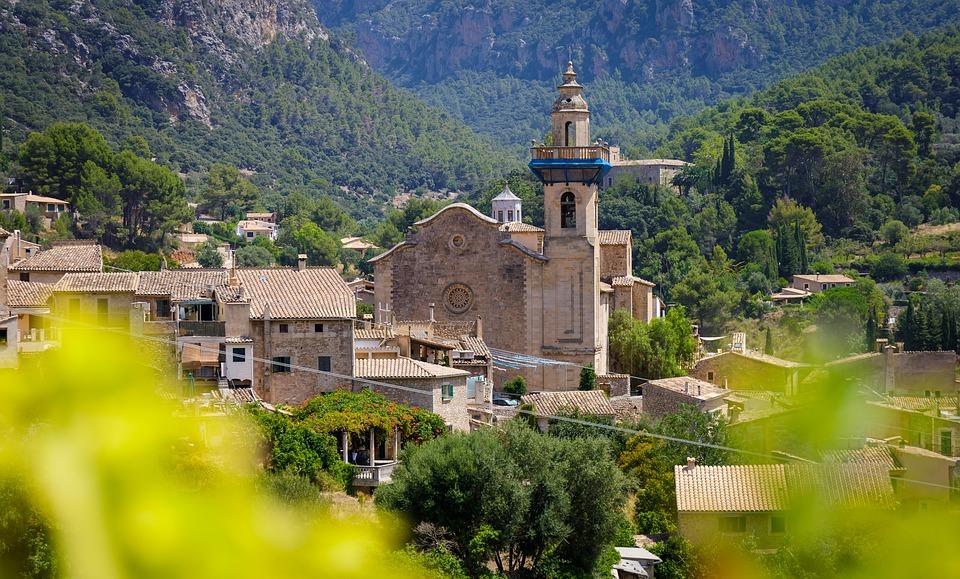 Renting A Villa In Majorca