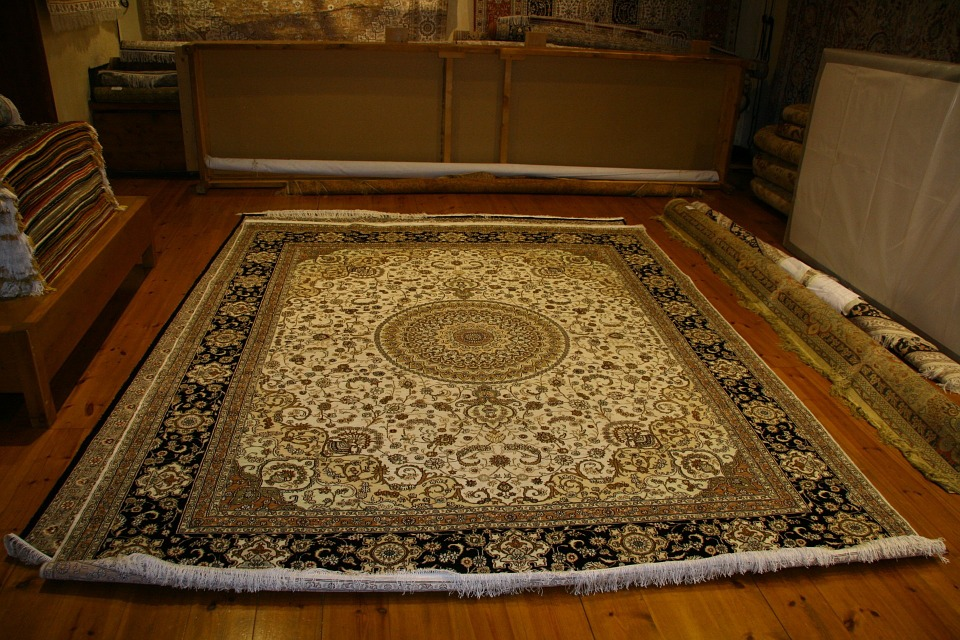 Essential Factors To Consider When Shopping For Rugs