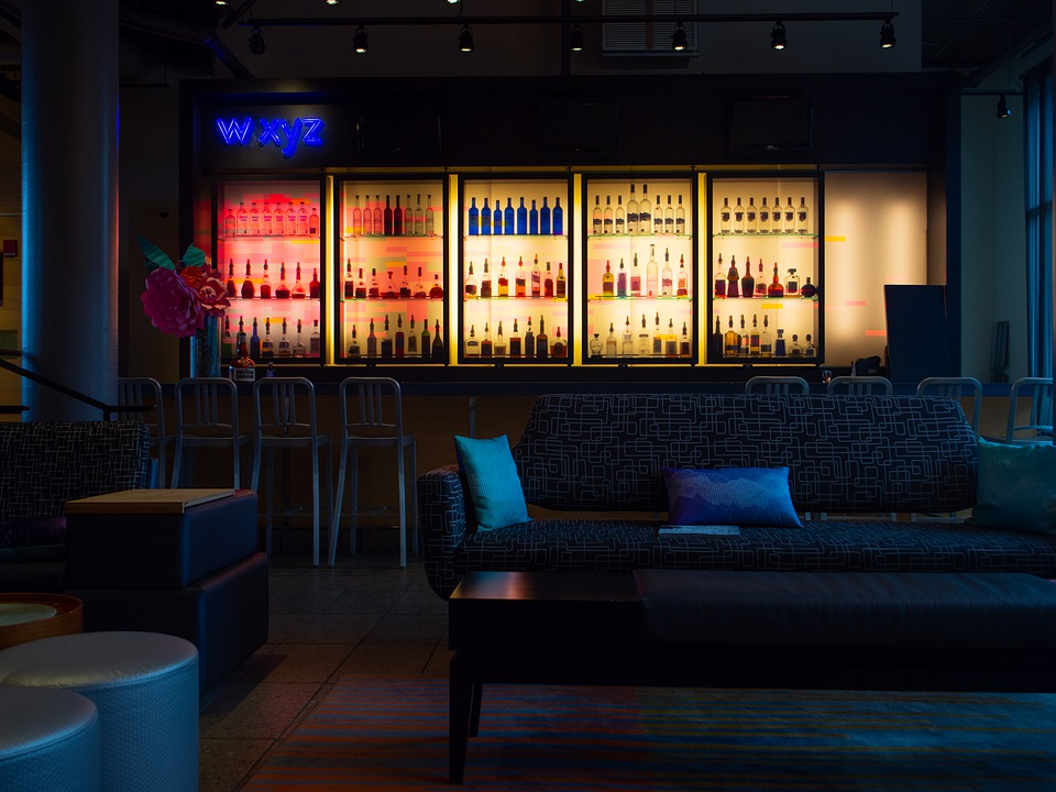 Best Hotel Bars Chicago – Enjoy A Range Of Beverages And Snacks With Fine Service