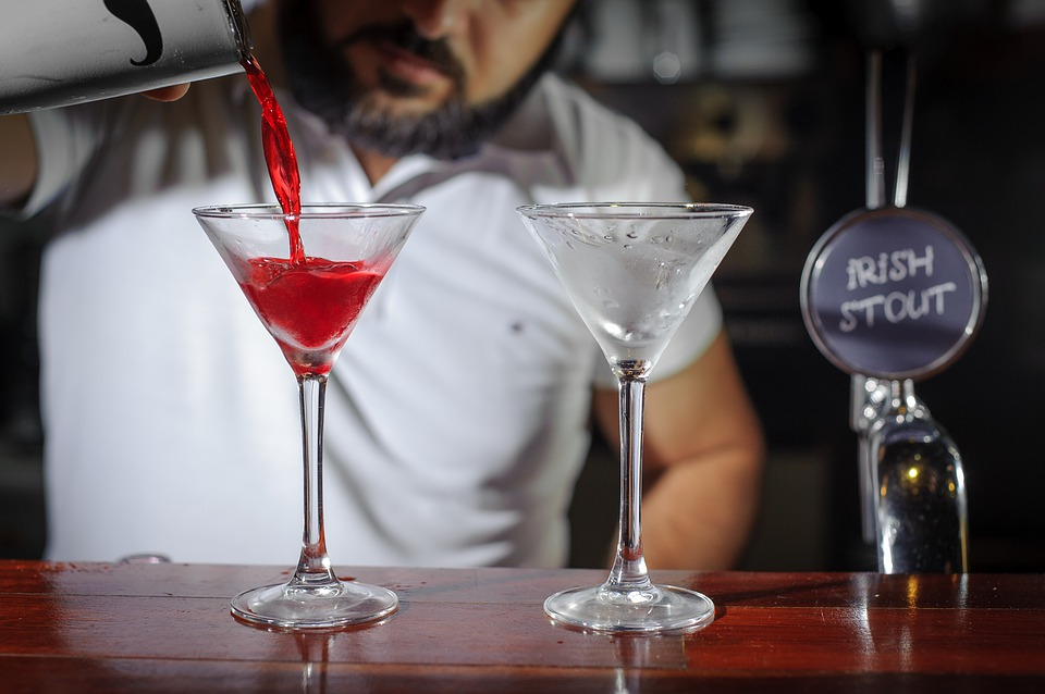 Start Your Training In A Lucrative Bartending In Raleigh