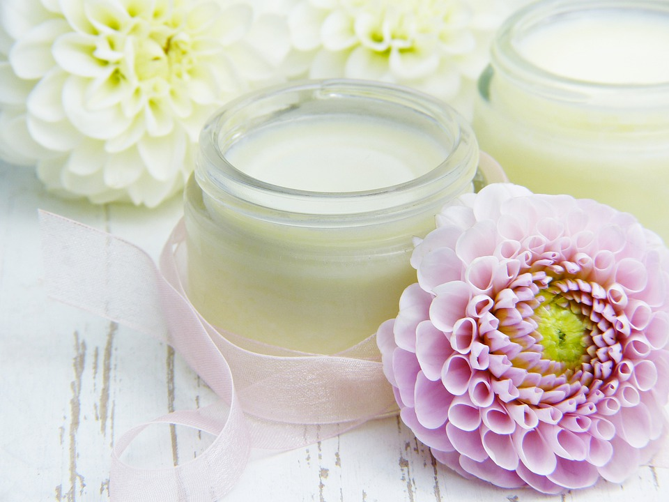 How To Choose Safe And Natural Face Products