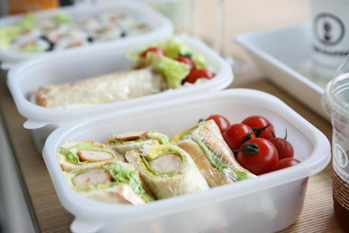 Complete Tupperware Lunch Bag Set