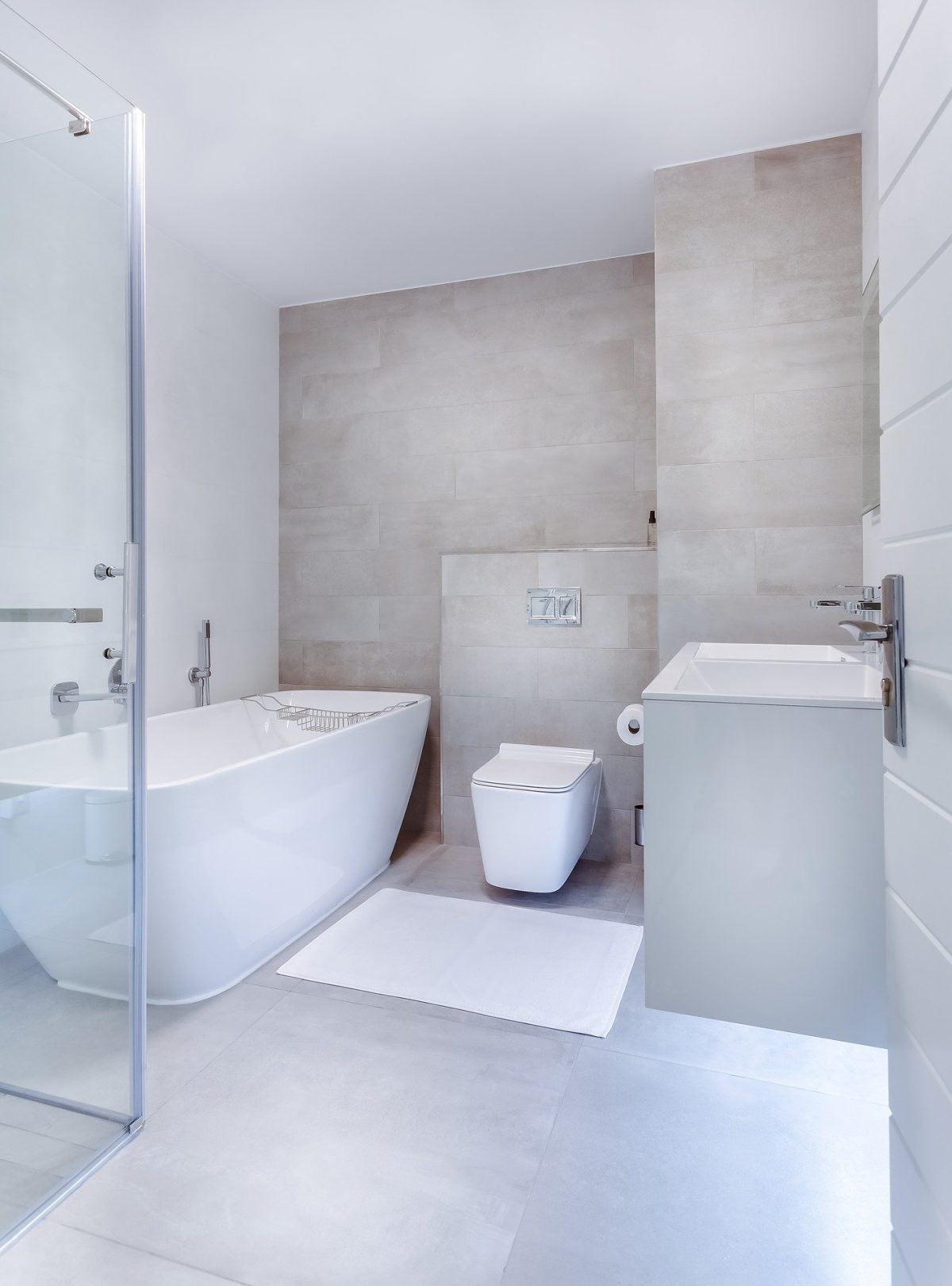 Create Classy Bathroom Look With Shower Screen Panels Sydney