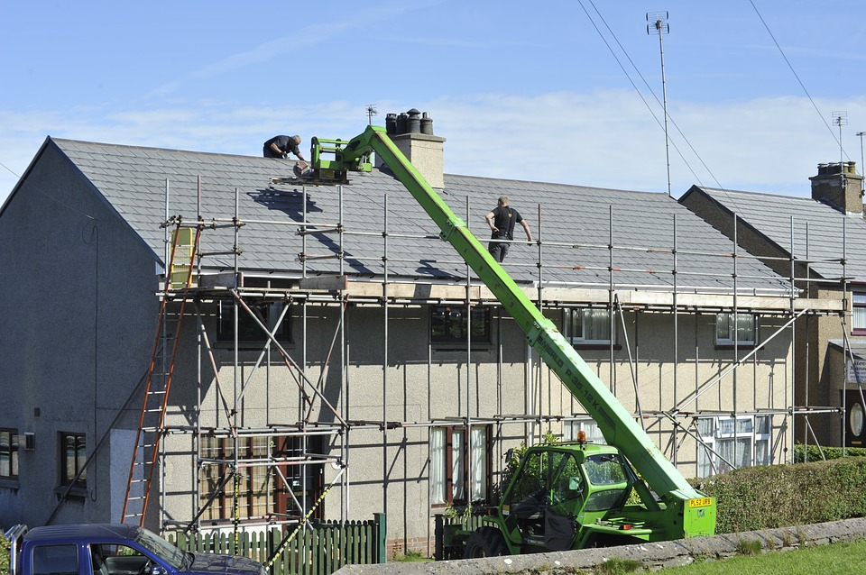 When Should You Contact A Roof Repair Gahanna Contractor?