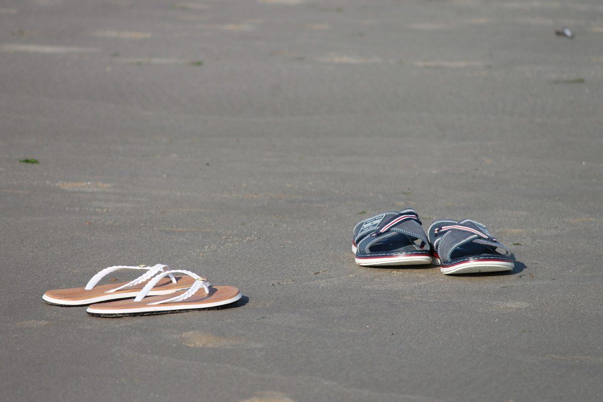 Comment choisir des chaussures ouvertes et des pantoufles