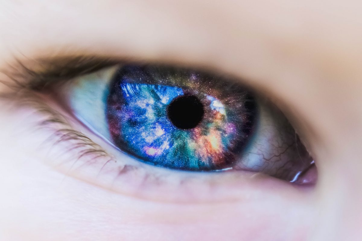 Are Colored Contact Lenses For Everyone?