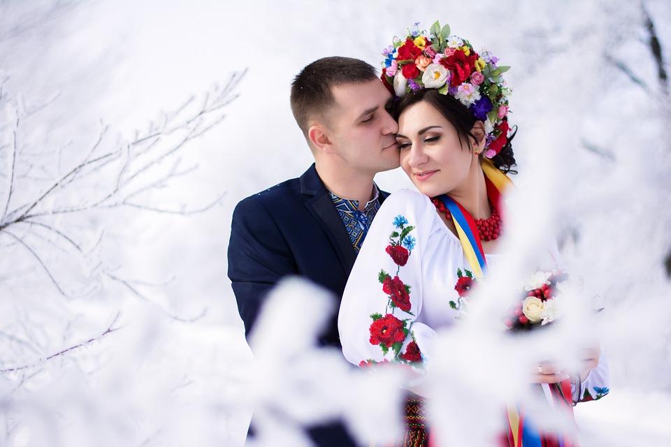 The Best Winter Wedding Dresses