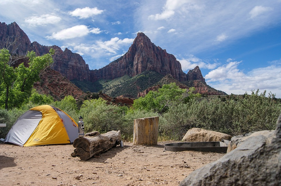 The Top Benefits Of Hiking And Camping