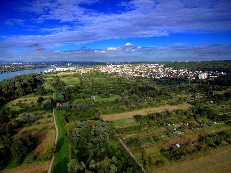 Tips To Help Locate The Best Aerial Photographer In Bend
