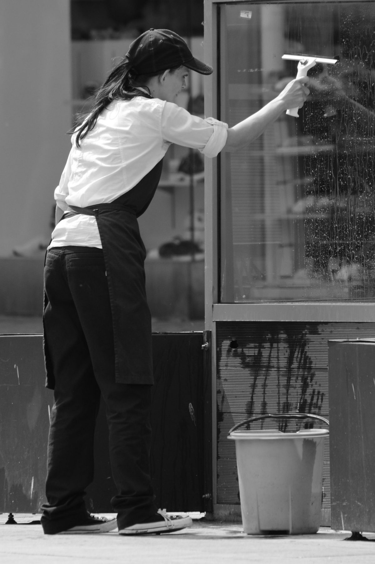 How To Choose The Best Window Cleaning Services
