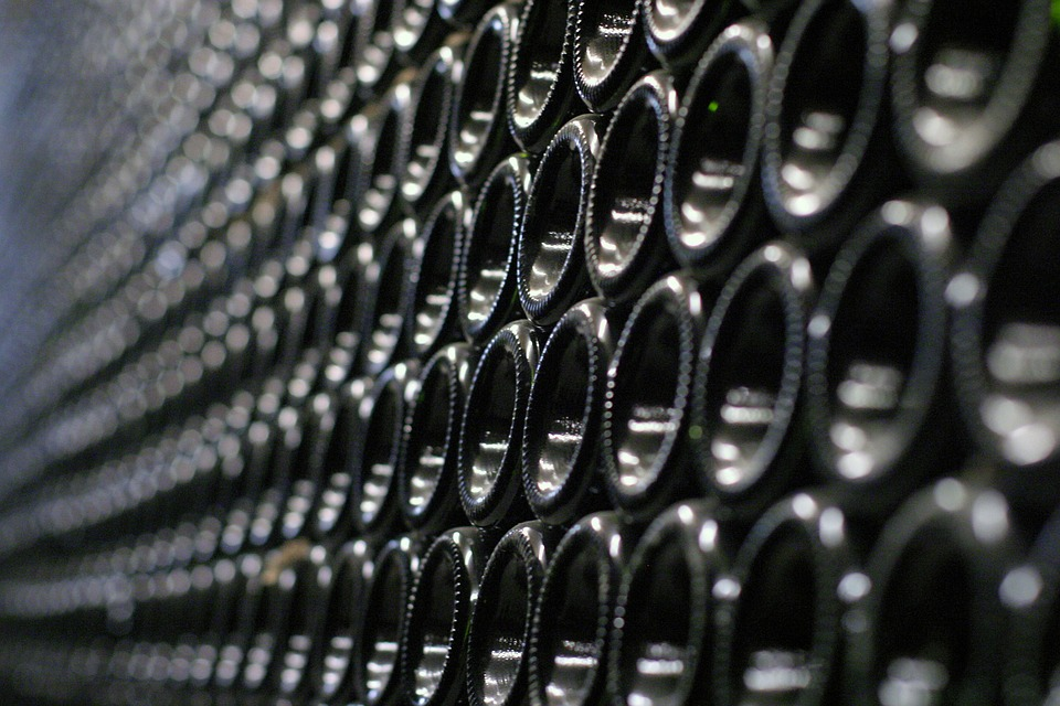 Custom Wine Cellars – Offering You Several Benefits