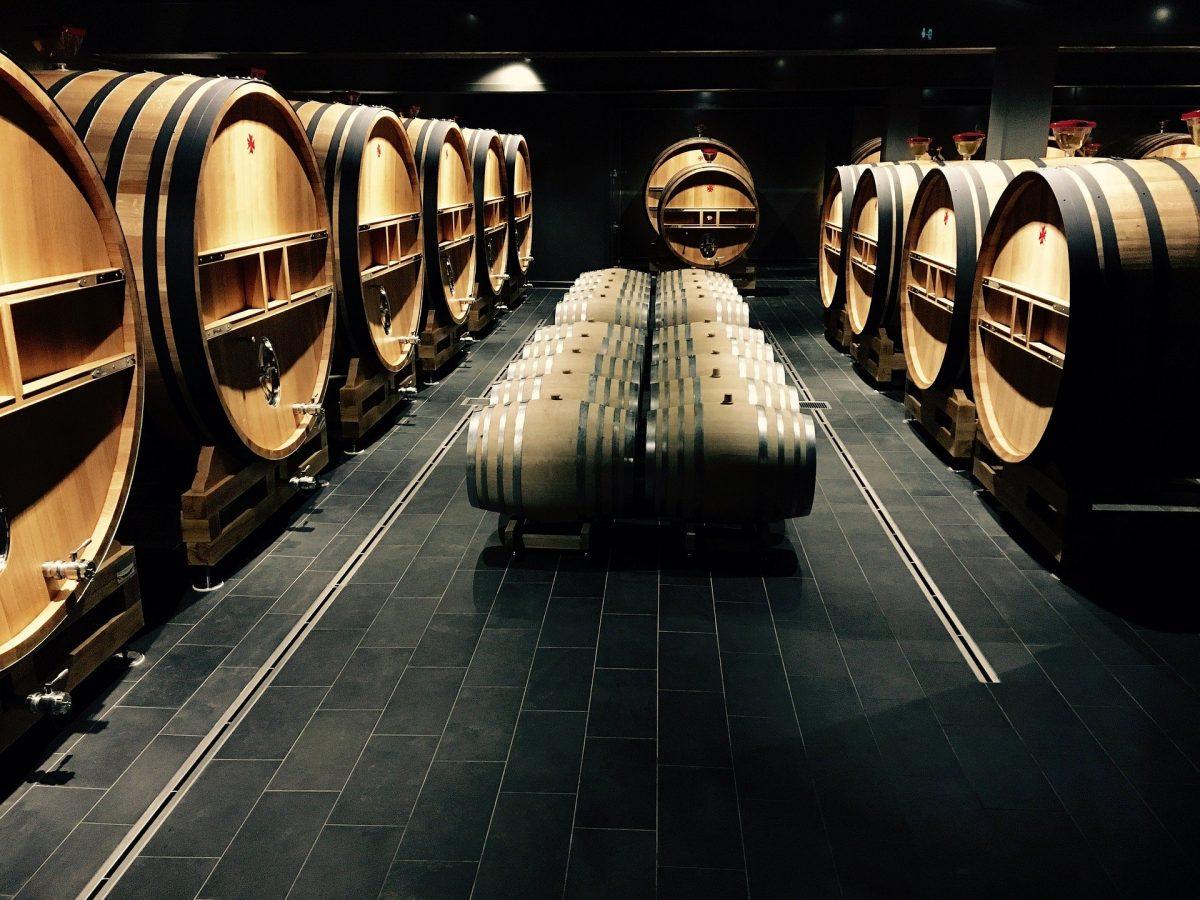 Wine Cellar Design Columbia- Tips On Finding The Best Wine Cellar Design