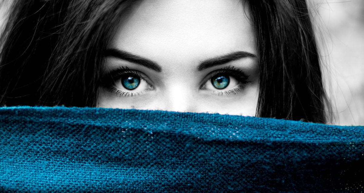 Common Reasons For Using Colored Contact Lens